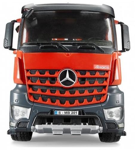 Грузовик Bruder Mercedes-Benz с краном, корзиной и 2 паллетами (10)
