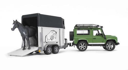 Bruder внедорожник с прицепом-коневозкой и лошадью Land Rover Defender (4)