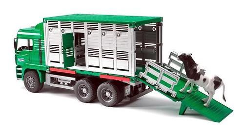 Bruder фургон для перевозки животных с коровой MAN (4)