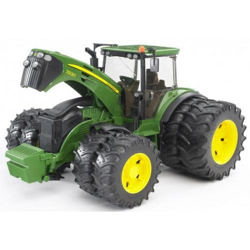 Bruder трактор с двойными колёсами John Deere 7930 (5)