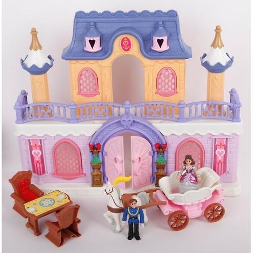 Keenway Fantasy Palace - дворец с каретой и предметами (9)