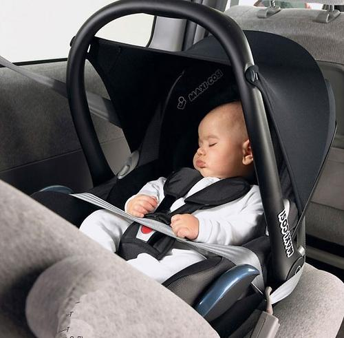 Автокресло Maxi Cosi Cabriofix Concrete Grey (10)