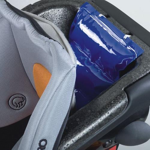 Автокресло Recaro Monza Nova IS Seatfix Carbon Black (30)