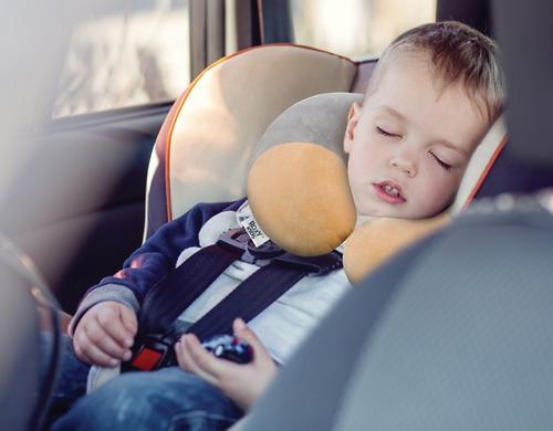 Подушка дорожная Roxy Kids от 1 года до 3-х лет Рогалик Серый (6)