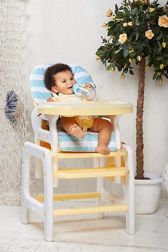 Стульчик для кормления Happy Baby Oliver Yellow (7)