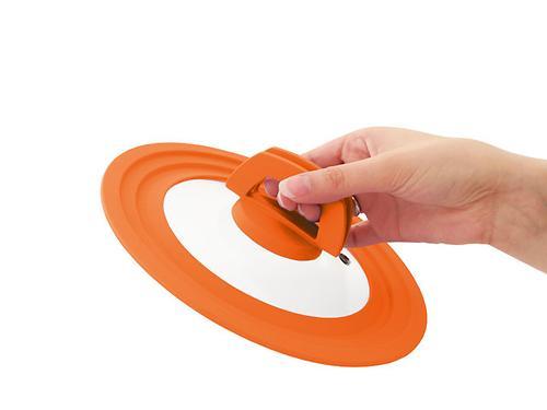 Многоразмерная стеклянная крышка Fissman MULTI 20/22/24 см с оранжевым силиконовым ободком 9961 (1)