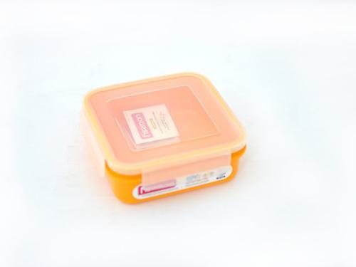 Квадратный контейнер для хранения продуктов 15x15x5,6 см / 700 мл (пластик) Fissman 6746 (1)