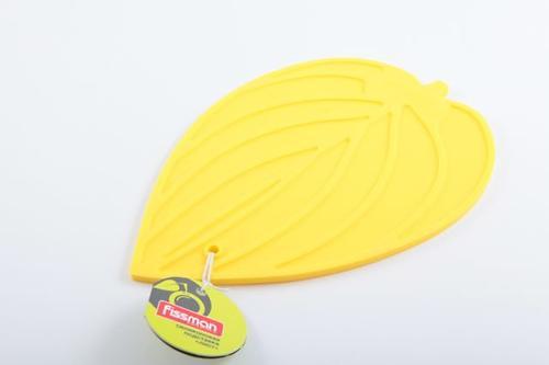 Силиконовая подставка под горячее в форме листа (желтая) Fissman 7046 (1)