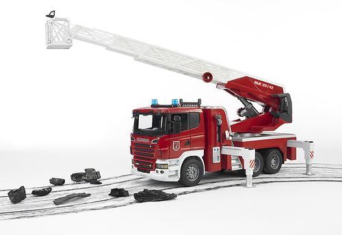 Пожарная машина Scania с выдвижной лестницей и помпой с модулем со световыми и звуковыми эффектами (8)