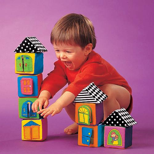 Мягкие кубики в коробке (4)