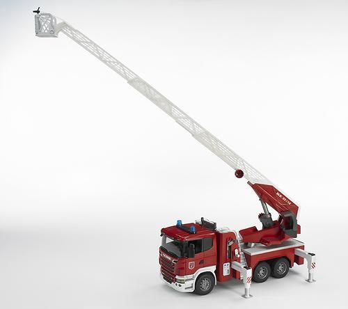 Пожарная машина Scania с выдвижной лестницей и помпой с модулем со световыми и звуковыми эффектами (9)