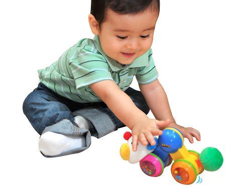 """Развивающая игрушка """"Гусеничка: нажми и догони"""" (7)"""