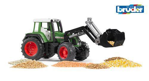 Трактор Fendt Favorit 926 Vario с погрузчиком (5)