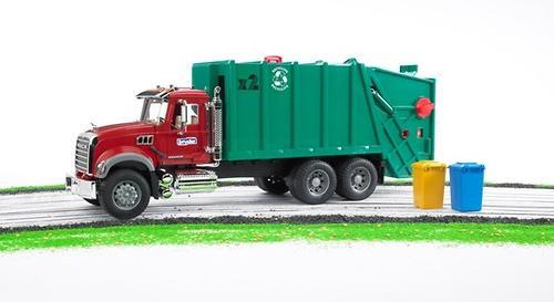 Мусоровоз MACK (зелёный фургон, красная кабина) (9)