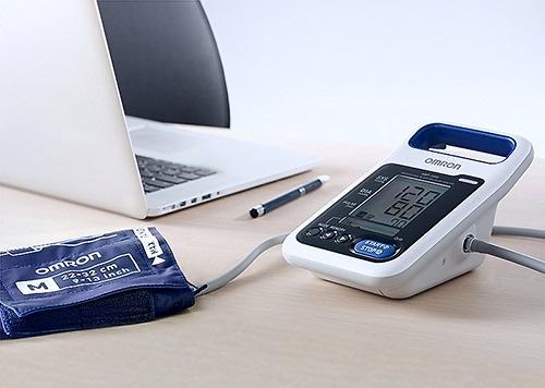Тонометр Omron HBP-1300 профессиональный (9)
