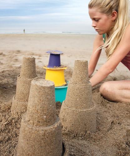 Формочки Quut Alto для 3-уровневых пирамид из песка и снега (9)