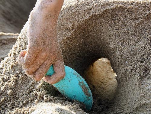 Набор Quut Cuppi для песка и снега Совочки и Розовый мячик (14)