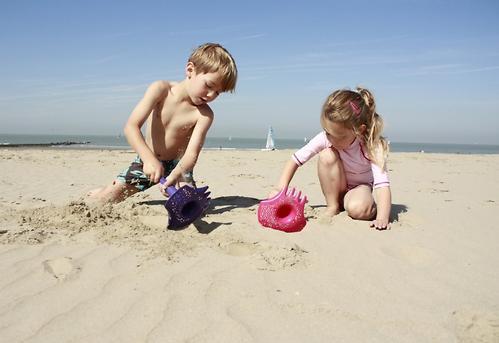 Многофункциональная игрушка Quut Triplet для песка и снега Mellow Yellow (12)