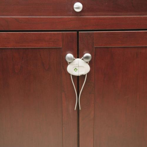 Защита-замок на дверные ручки эластичный хомут SAFETY FIRST Белый (4)