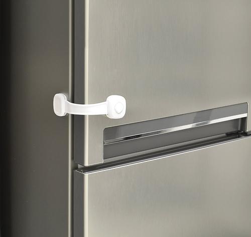 Защита Safety First на дверь от открывания Secret Button Multi Use Lock (7)