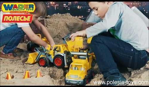 Трактор-погрузчик Полесье с ковшом КонсТрак в коробке (8)