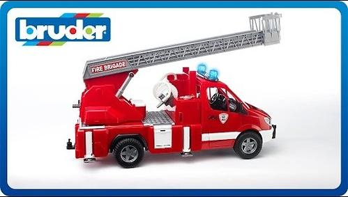 Bruder пожарная машина MB Sprinter (6)