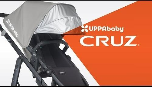 Коляска прогулочная UPPAbaby Cruz Лазурная (Marine Blue/Carbon) (24)