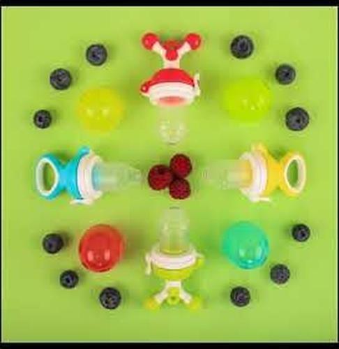 Ниблер Happy Baby силиконовый для пюре Nibbler Twist Blue (8)